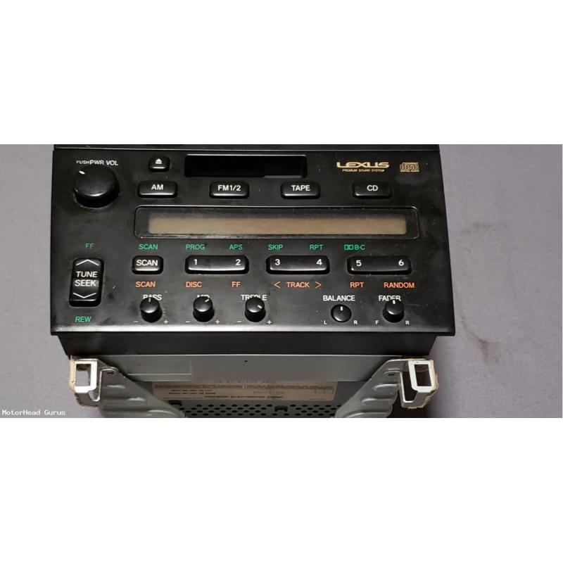 Lexus GS 300 OEM Radio with CD option.